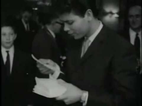 Tekst piosenki Cliff Richard - Love Letters po polsku