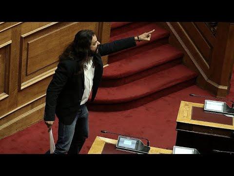 Putschaufruf im Parlament von Griechenland von Konstantinos Barbarousis (Goldene Morgenröte)