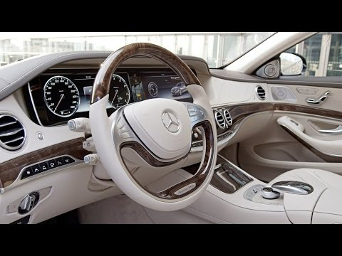 Mercedes - In the interior of the Mercedes-Maybach S-Class, passengers are enveloped in lounge-style, modern luxury. With its clear architecture, refined materials and ...