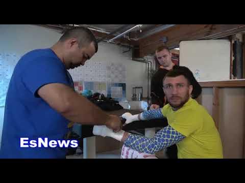 Vasyl Lomachenko Reveals Who Has Been Toughest Sparring He's Ever Had EsNews Boxing (видео)