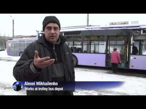 13 people die in Donetsk after a shell hits a bus stop.