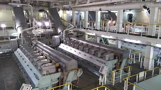 Video Engine room of LNG vessel with Electric Propulsion (DFDE) MP3, 3GP, MP4, WEBM, AVI, FLV Agustus 2018