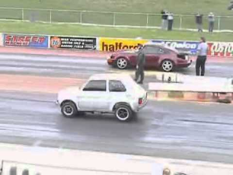Fiat 126 V8? VS Porsche 911 @ Santa Pod Quarter Mile. Yes... a FIAT!