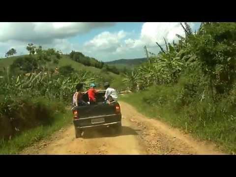 Estrada de terra , em orobo (pé)