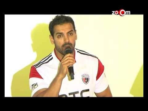 John Abraham talks about his Football team! | Bollywood News 20 October 2014 06 PM