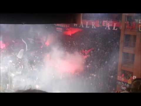 GENOA - Milan: il tifo impressionante della gradinata Nord
