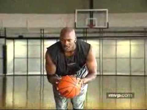 Μαθήματα μπάσκετ από τον Michael Jordan