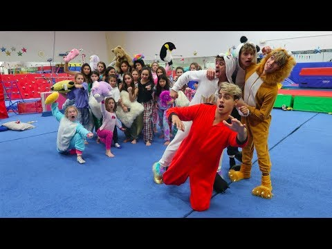GYMNASTICS SLEEPOVER INVASION! (видео)