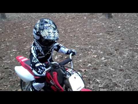 3 year old wreck first time on dirtbike Honda 50