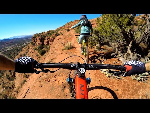 DON'T LOOK THAT WAY! | Mountain biking Hiline in Sedona