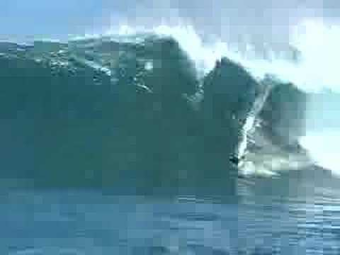 Surfeando en olas inmensas