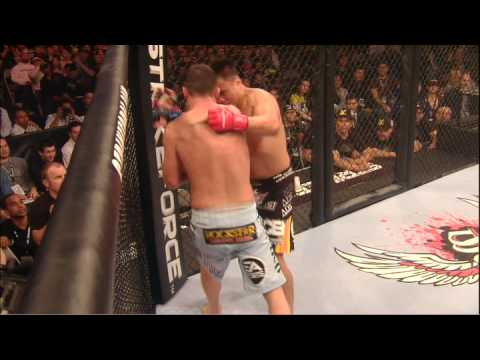 Cung Le vs Scott Smith at Strikeforce (Dec 19, 2009)