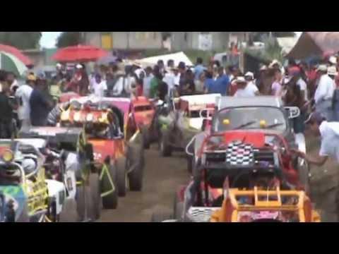 HUAMANTLA - Carreras de Carcachas feria huamantla 2013 Ultima carrera del dia de las carreras de carcachas sabado 3 de agosto Categoria 1600 modificados, un poco de la c...