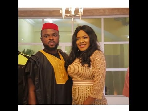 Good News! Actress,toyin Aimakhu Pregnant Spotted Wit Baby Bump As Her New Man Open Car Door For Her