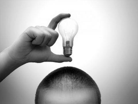divertenti idee per riciclare i bulbi delle lampadine
