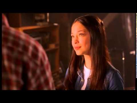 Smallville Season 1 Episode 2 - Clark and Lana Loft Scene