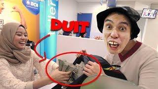 Video Otong RAMPOK bank !!! Duit SEBANYAK itu buat apa ??!! MP3, 3GP, MP4, WEBM, AVI, FLV Juni 2019