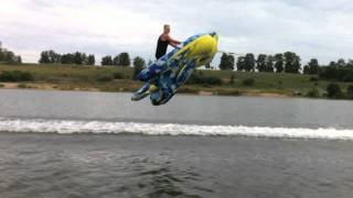 Russian Hover Raft Sailing