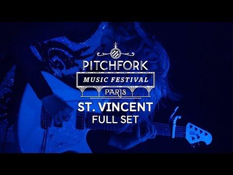 St. Vincent Full Set – Pitchfork Music Festival Paris