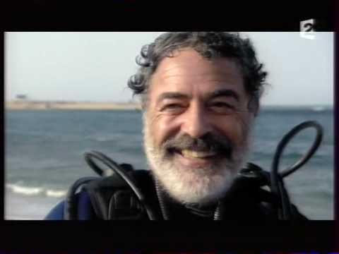 Dans cette emission, nous suivons la rencontre en Guillaume et Hossam Helmi, protecteur du littoral de la Mer Rouge en Egypte. Emission diffusée en prime time sur France 2 en 2007