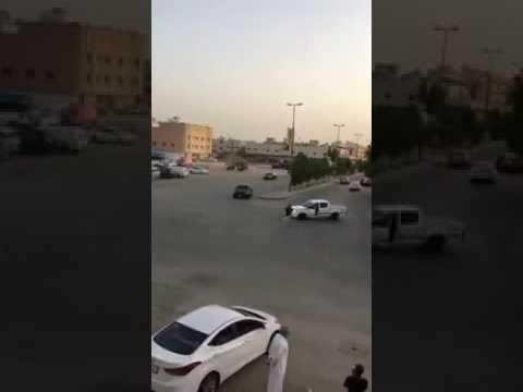 العرب اليوم - شاهد: العناية الإلهية تنقذ شابًا من الموت