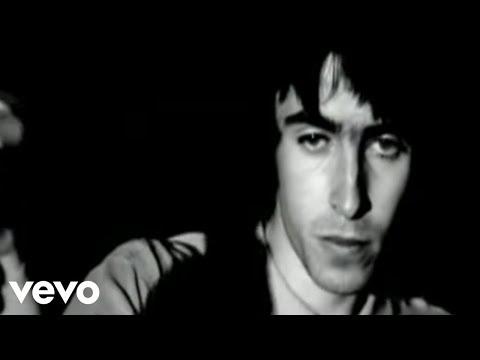 Tekst piosenki Oasis - Cigarettes And Alcohol po polsku