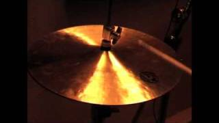 These are the Diril Jazz Hi-Hats. 14 Inches, 790 grams for the top, 910 for the bottom. Lightweight cymbals with a very good sound and feel.These videos are intended only as a guide. I am uploading them because there are very few samples of Diril Cymbals available. Please do not judge the actual sound of the cymbals based on these videos, they are so much better than my humble recording equipment could ever illustrate.