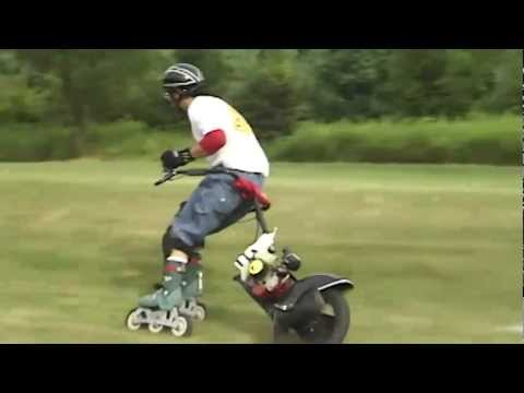 ROLLER CYCLE ON GRASS