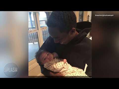 Travis takes Stormi to meet his family | Daily Celebrity News | Splash TV