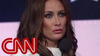 Video Melania Trump impersonator wows on 'The Late Show' MP3, 3GP, MP4, WEBM, AVI, FLV April 2018