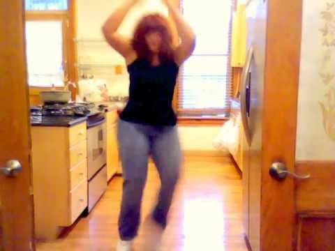 NYLATINA werking the moves