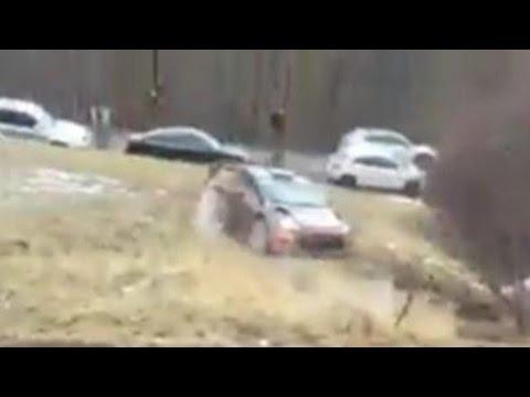 Vídeo salida de pista Robert Kubica SS8 WRC Rallye Montecarlo 2015