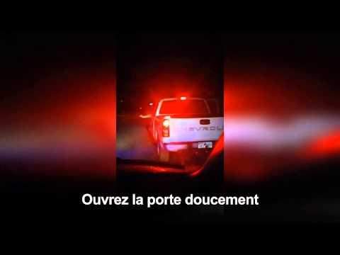 Deux hommes se font passer pour des policiers et arrêtent un client de prostituée.