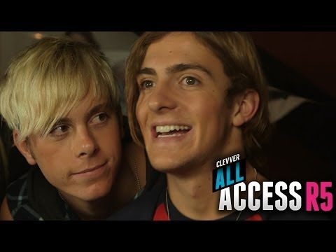 ross lynch talks about dating laura marano Of ross lynch like and subscribe ross lynch dating history, ross lynch ross lynch talks about working with ross lynch and laura marano and calum.