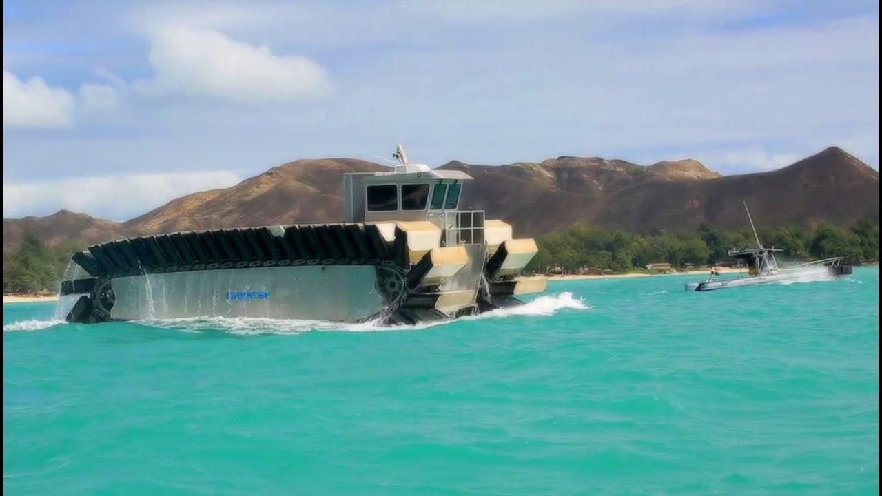 Ultra Heavy-Lift Amphibious Connector (UHAC) Propels Through Ocean