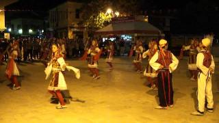 TURKISH DANCERS TO ALBANIAN BEATS: Street Music Festival - Skopje 09 July 2011
