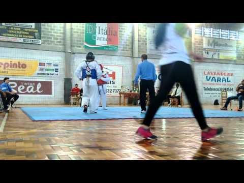 1• Etapa Circuito Gaúcho de Taekwondo em Viamão - Yuri Goulart (Azul) Vs Giuliano Primaz (Vermelho)