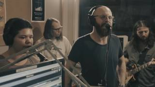 Sal Valentine performs 'Elizabeth, I've Been A Fool' live in the bFM studio for Freak The Sheep's Live and Direct. Listen to Freak The Sheep every Wednesday between 9PM-11PMhttp://www.95bfm.com/show/zac-arnold#profile-show_detailsVideo: Benjamin Zambo, Adil DavidThis video was made with support from NZ on Air Music