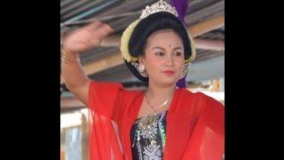 Bendrong Kulon : Lengger  Cantik dan Lengger Lanang