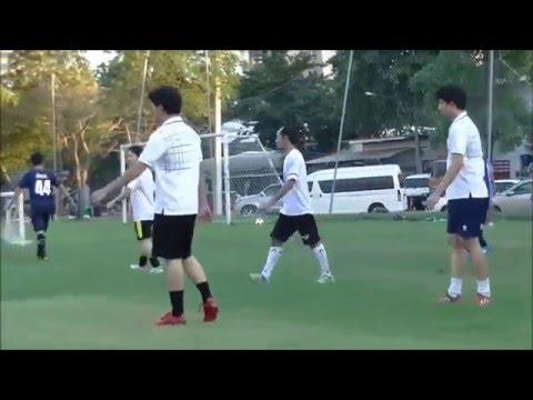 KOZ Street Futsal ฟุตบอล เอนเตอร์เทน vs ฝ่ายสื่อสาร (видео)