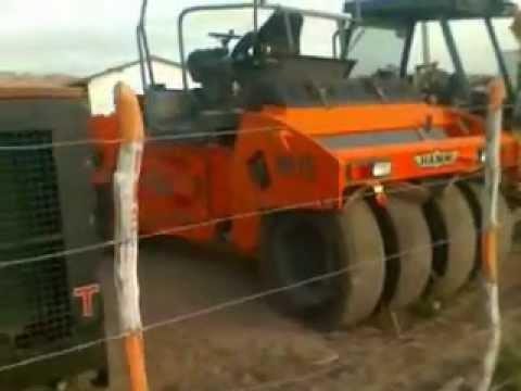 Canteiro das maquinas do terraplanagem em Logradouro PB
