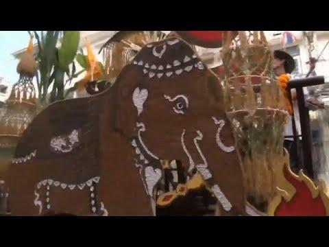 Thailand: Büffelrennen mit Tradition beim 147. Büff ...