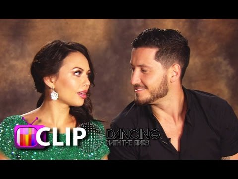 Val - 'Dancing With The Stars' Jamel Parrish from 'Pretty Little Liars' and DWTS pro Val Chmerkovsiy have a major flirt alert. Subscribe! http://bit.ly/10cQZ5j Sta...