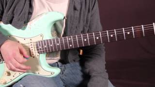 Stevie Ray Vaughan - SRV - Guitar Lesson - Soloing w Open Strings w Licks