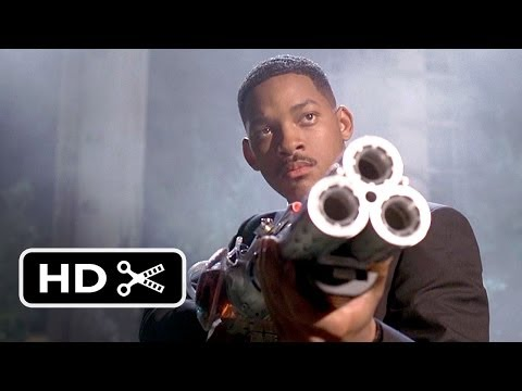 Men in Black (7/8) Shooting Down the Bug –  (1997) HD