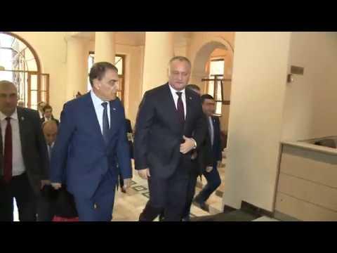 Igor Dodon a avut o întrevedere cu preşedintele Adunării Naţionale a Republicii Armenia, Ara Babloyan