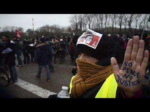 Γαλλία: Απαγόρευση κινητοποιήσεων και «Άμλετ» για τους μετανάστες στο Καλαί