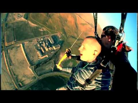 Ruslan - Rapping while falling thousands of feet to ground? That's what Ruslan decided to do for the 2nd video released from his new album 'Carry On' Album available ...