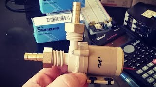 Bomba de água DC de 12V, 0.7A, 8L/Min (Food Grade) para recirculação de mosto, água quente ou sistemas fotovoltaicos simples. Bomba brushless compacta com vazão de 8 Litros por Minuto, feita à base de PPS (Sulfeto de Polifenileno) própria para altas temperatura e produção de alimentos. Comprada neste site: https://www.banggood.com/DC-12V-Solar-Hot-Water-Circulation-Pump-Brushless-Motor-Water-Pump-p-972393.html?p=970719369296201312SG