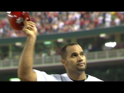 Video: Pujols hits his 38th, 39th homers of 2005